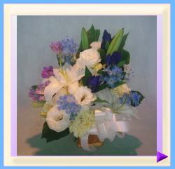 woa-451 幅35㎝・高さ40㎝ ペット用お供えのお花(ホワイト+ブルー):4.675円