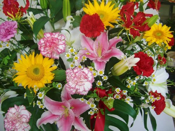 s-0159:生花のサンプル:スタンド花です