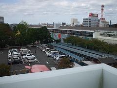 キヨミズキャンパスから掛川駅を望む