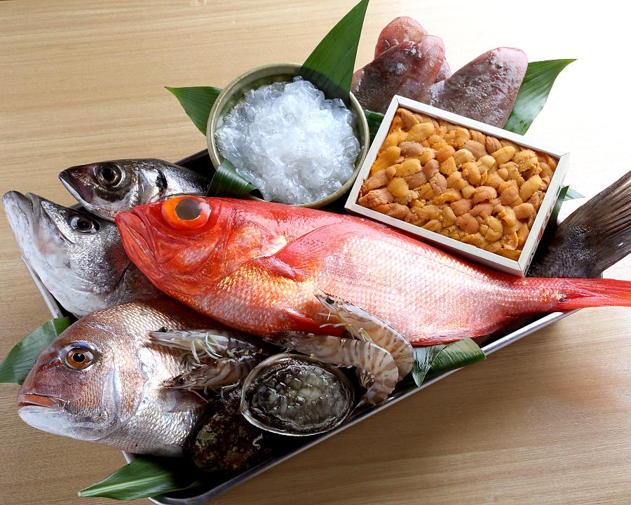魚介類も新鮮のものを取り揃え