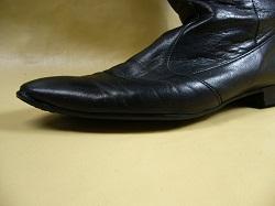 革靴修理【靴のつま先にあいた ...