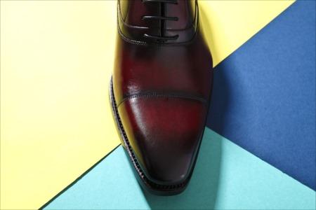 フォーマルなシーンでおすすめの革靴とは